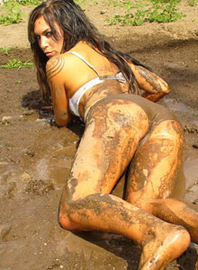 Watch As Deja Rolls Around In The Mud In Her Bra And Panties - Picture 4